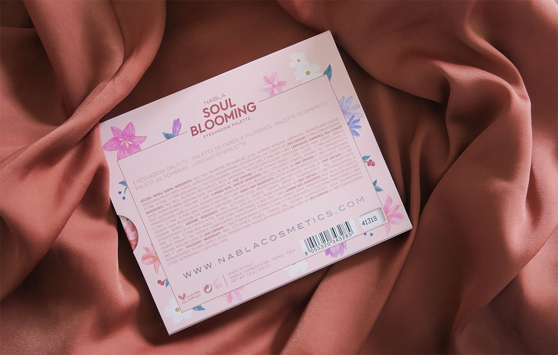 paleta de Nabla SOUL BLOOMING packaging