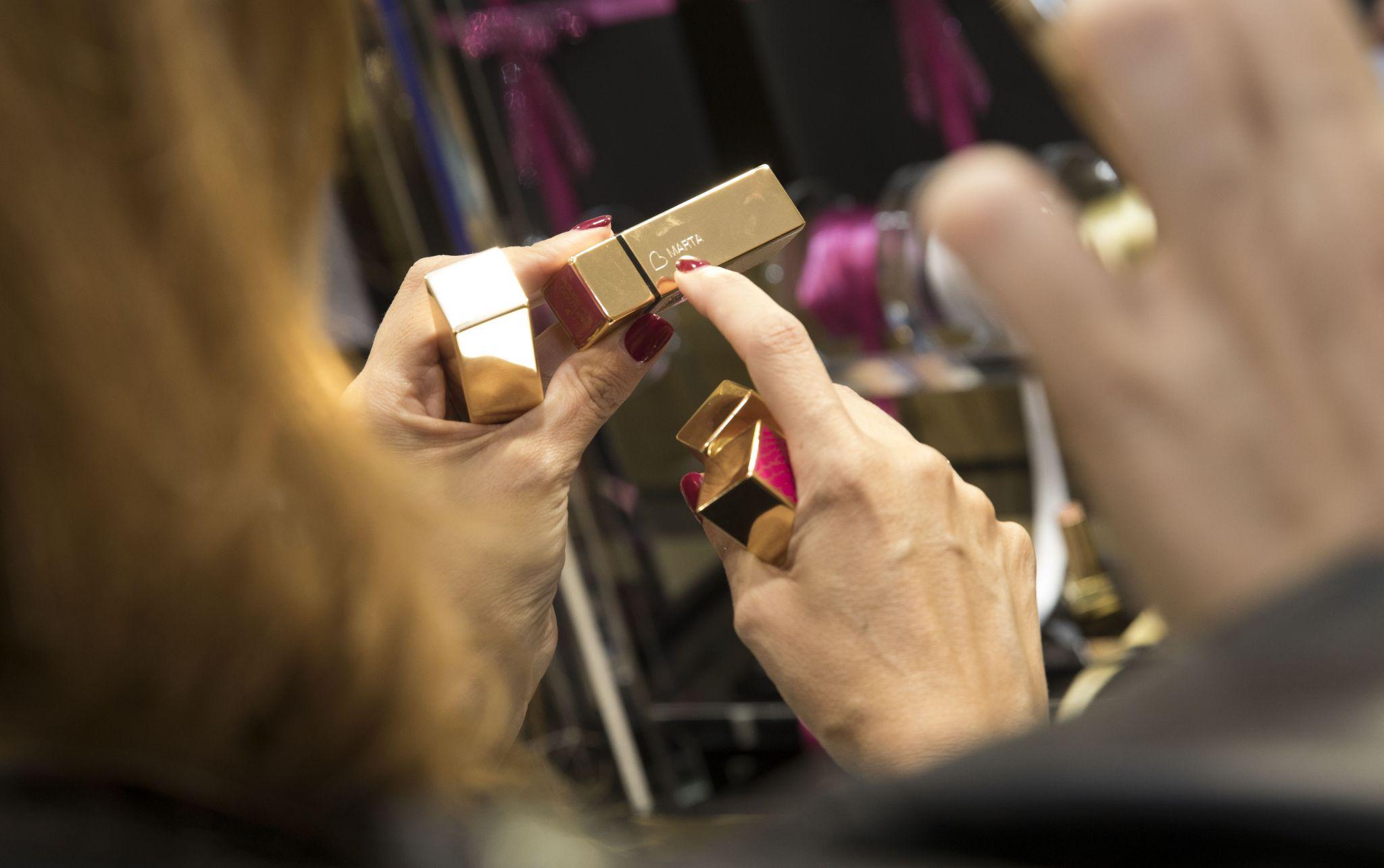 make it yours ysl personaliza tu regalo en navidad