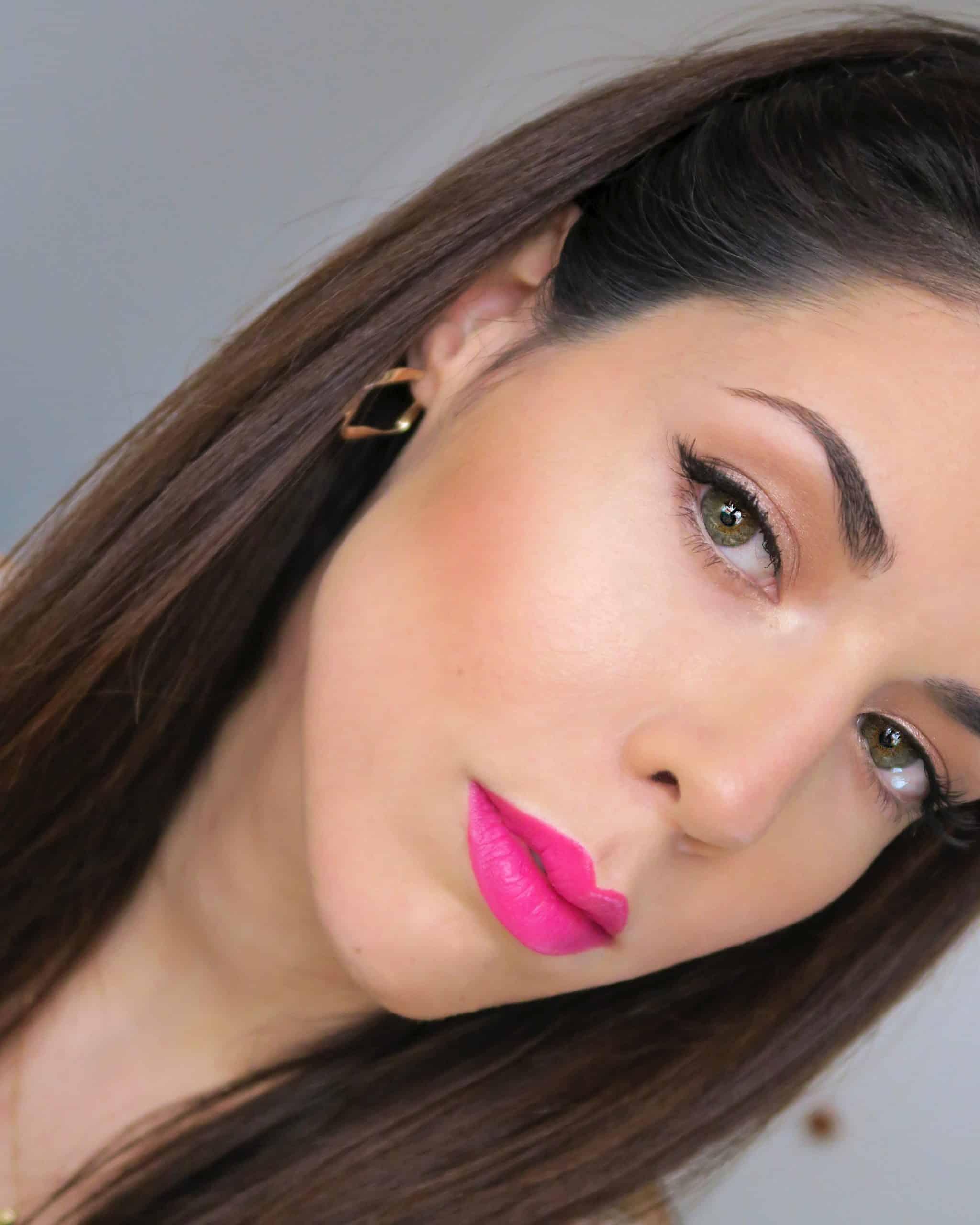 Maquillaje de primavera maquillaje con labios rosas